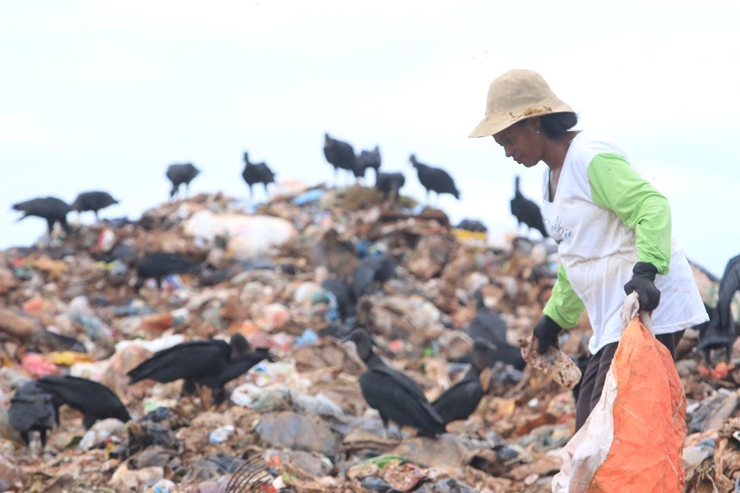 Cidinha, coordenadora do Fórum Lixo e Cidadania de MT
