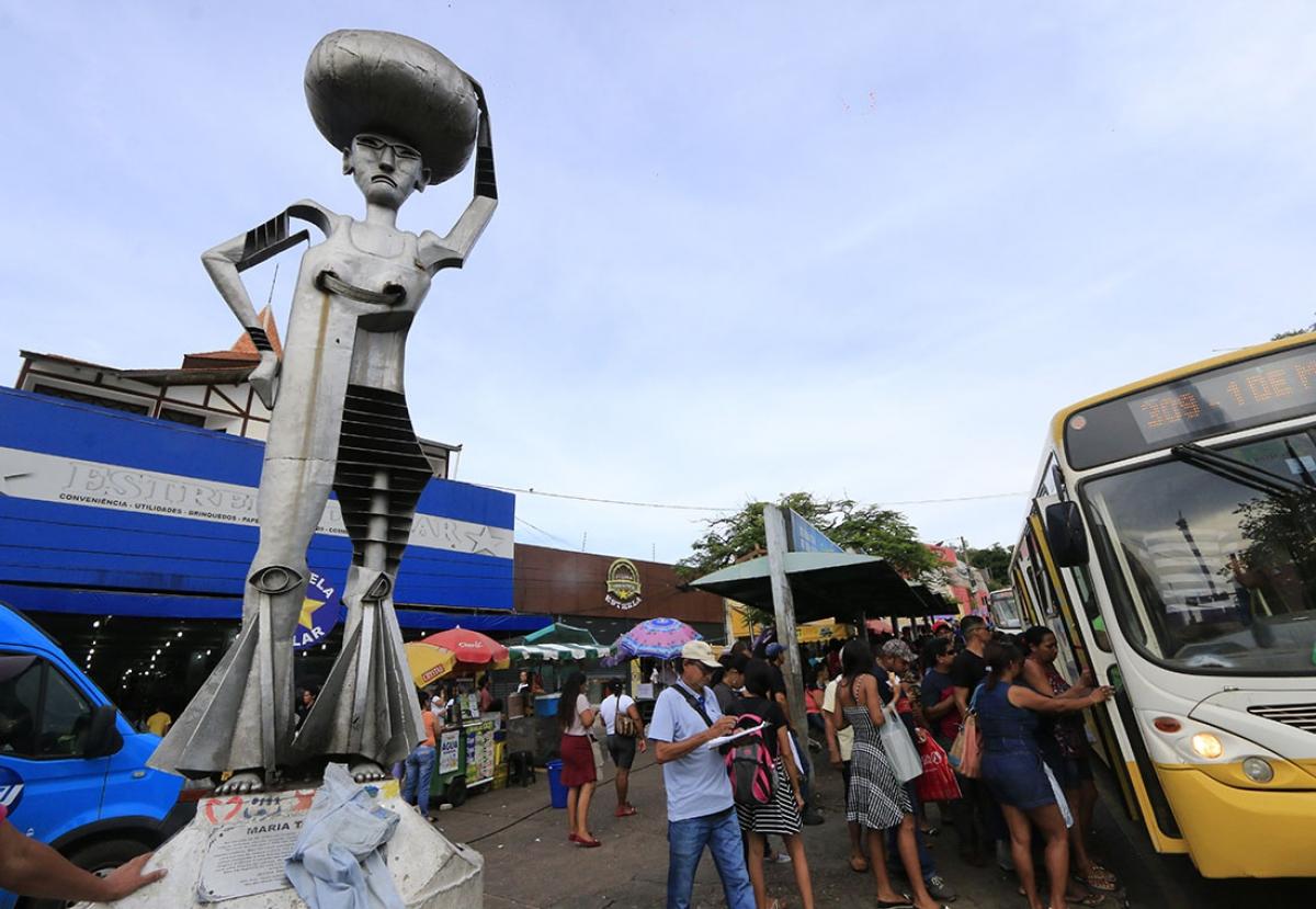 Praça Maria Taquara - Ednilson Aguiar/O Livre