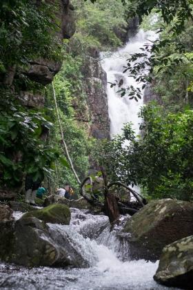Cachoeira dentro do Parque Estadual Ricardo Franco - Maria Angélica Oliveira