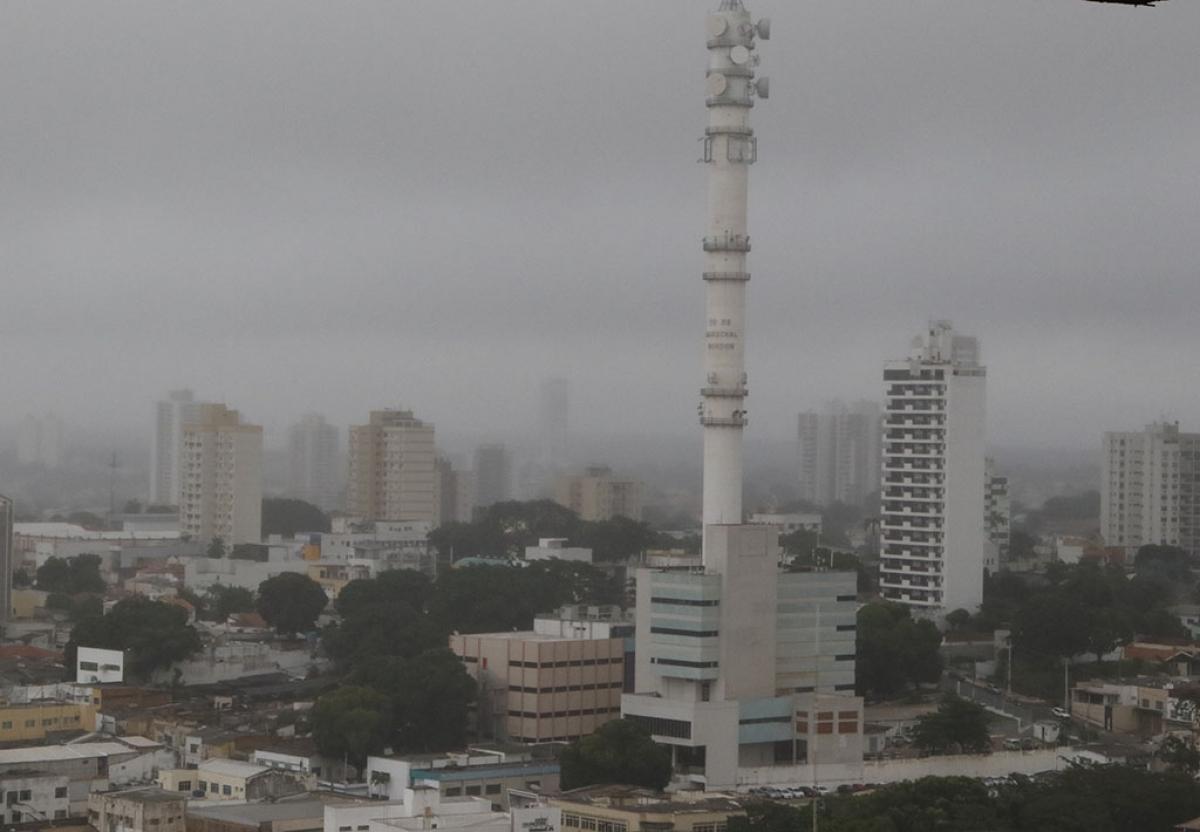 Mudança de clima em Cuiabá  - Ednilson Aguiar/O Livre