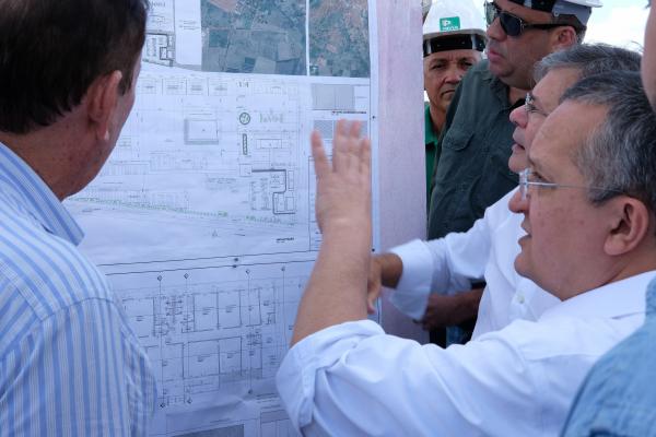 Governador Pedro Taques assina ordem para início de construção da ZPE de Cáceres
