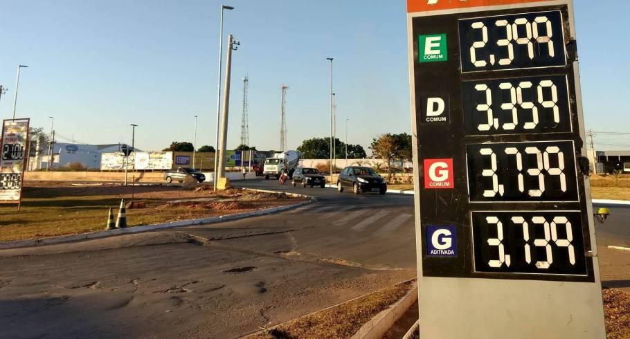 Aumento de imposto chega aos postos de Cuiabá