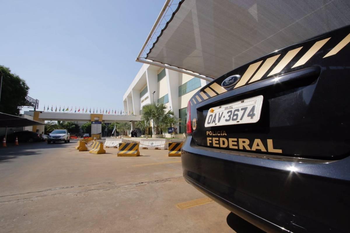 : Polícia Federal vasculha gabinetes no TCE  - Ednilson Aguiar/O Livre