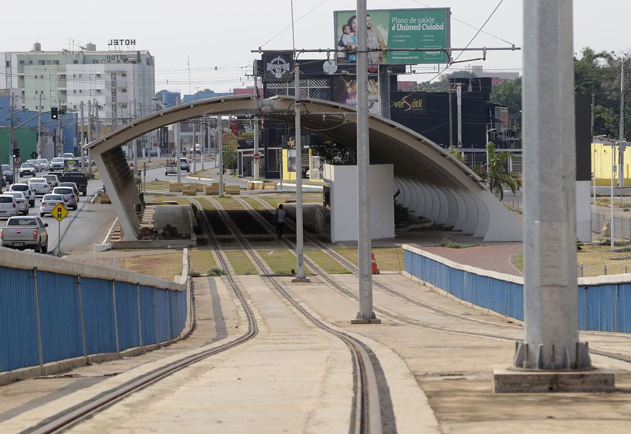 Veículo Leve sobre Trilhos (VLT)
