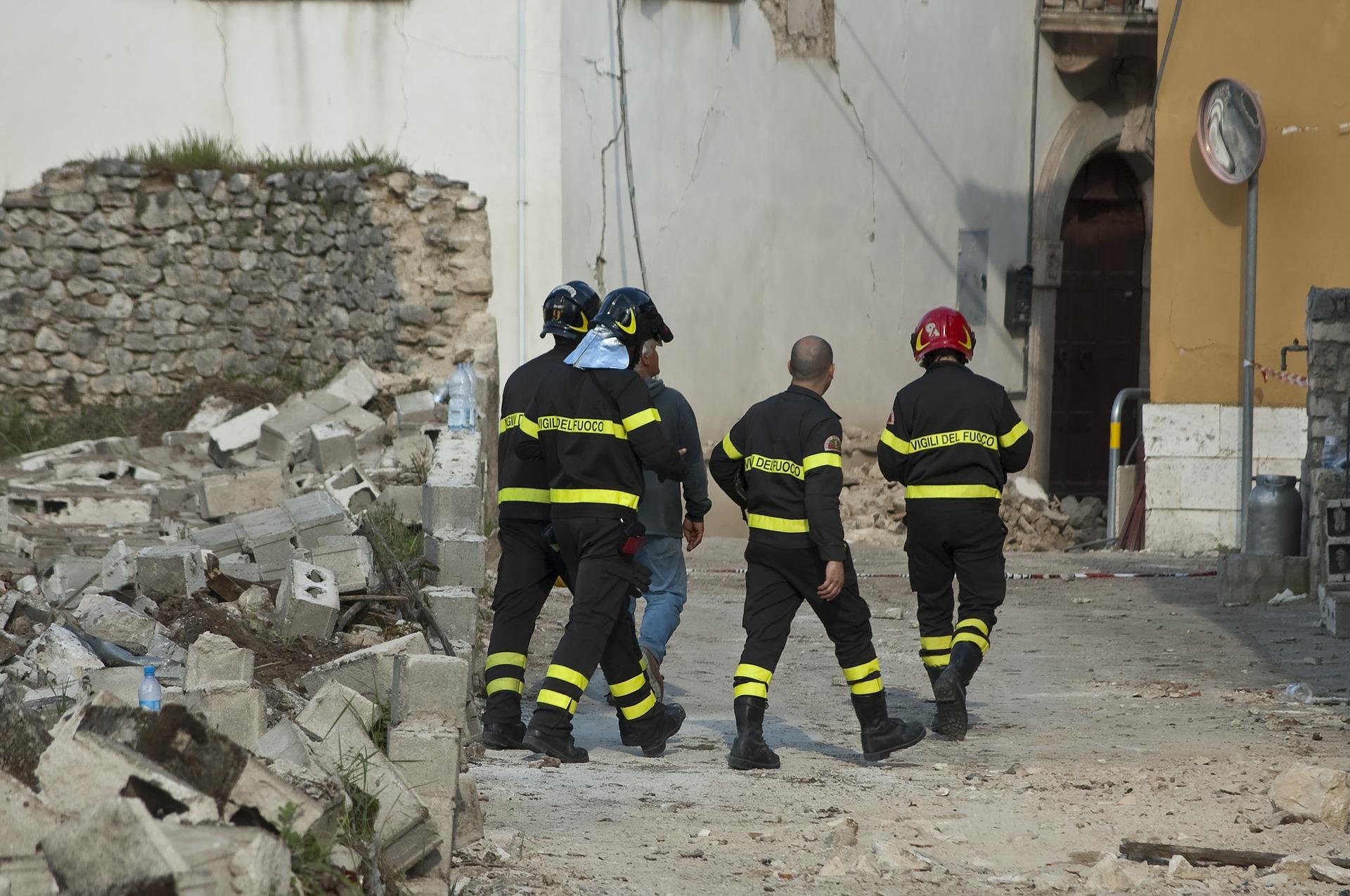 Equipes de resgate a terremotos
