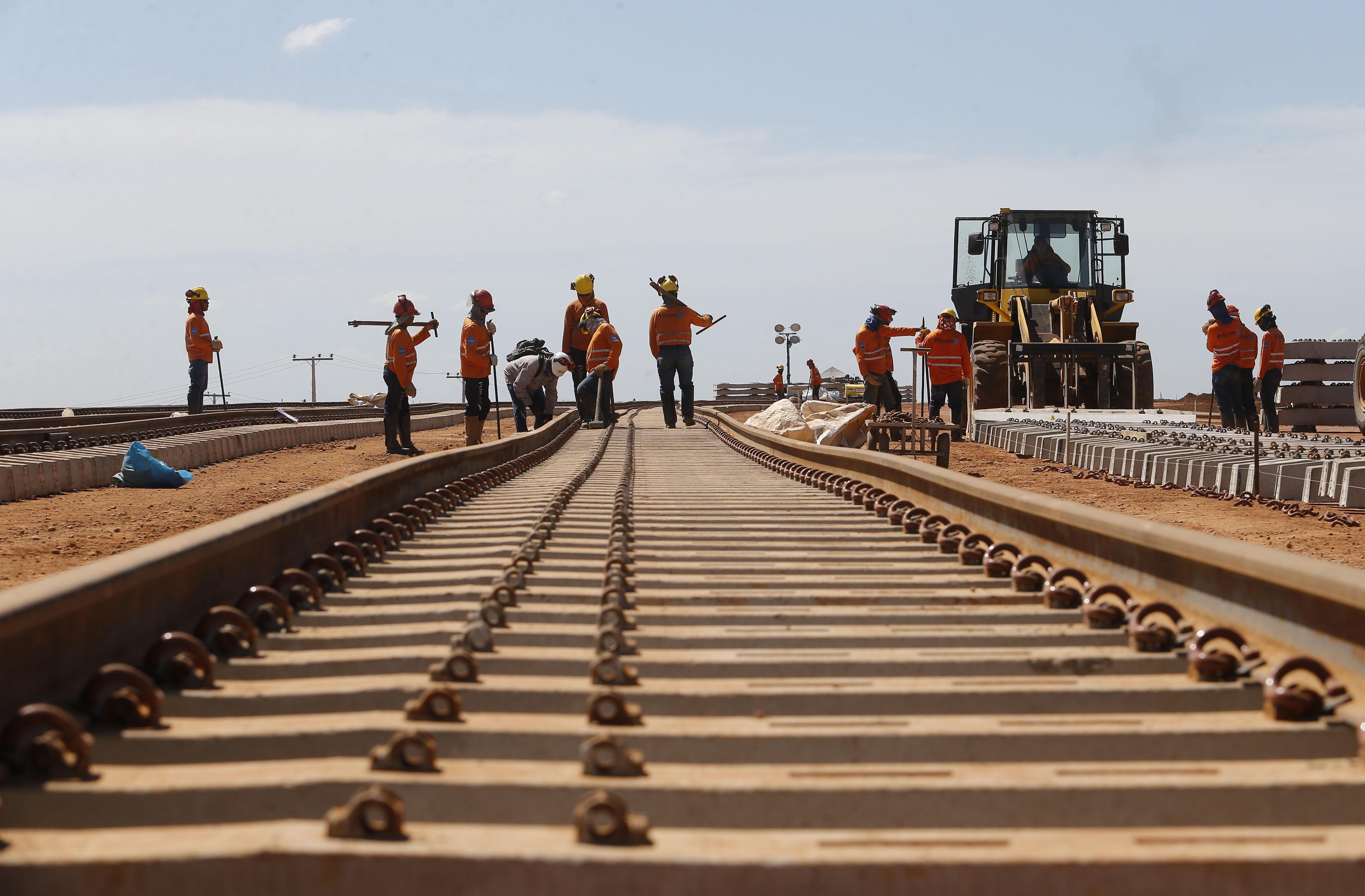 0cf27ba147a60 Mato Grosso receberá R  4 bi para construção de 383 km de trilhos ...