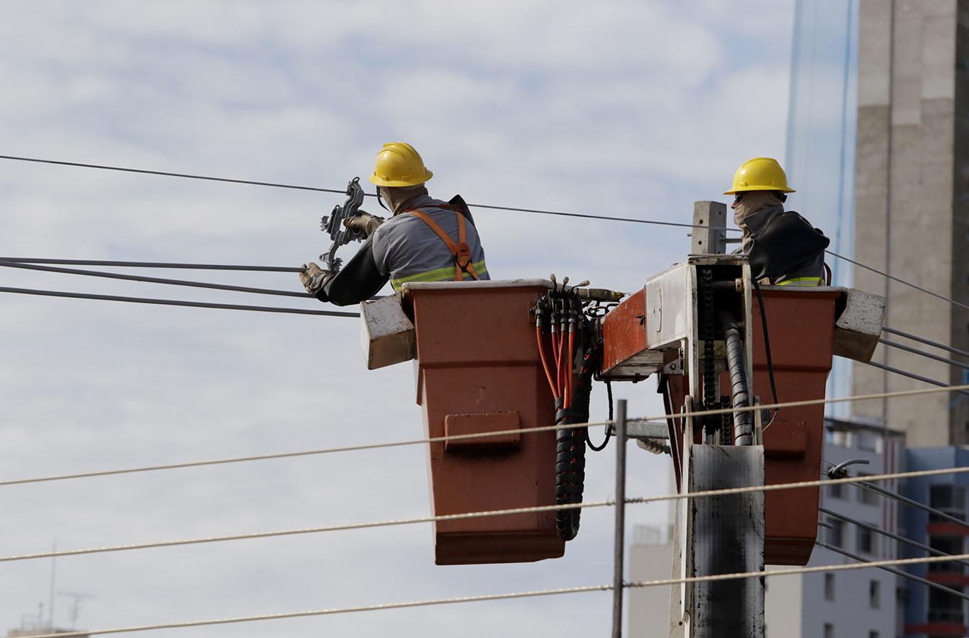 Resultado de imagem para Gratuidade de energia pode gerar impacto de R$ 742 milhões por ano