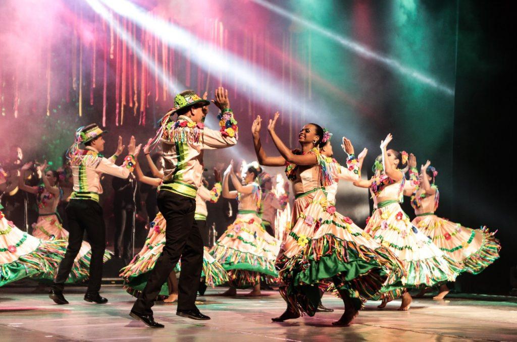 b445274bfb Festival de Siriri reúne grupos de dança
