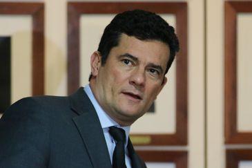 O ministro da Justiça e Segurança Pública, Sergio Moro, participa da cerimônia de assinatura de protocolo de intenções com o Ministério da Cidadania, para o combate à pirataria